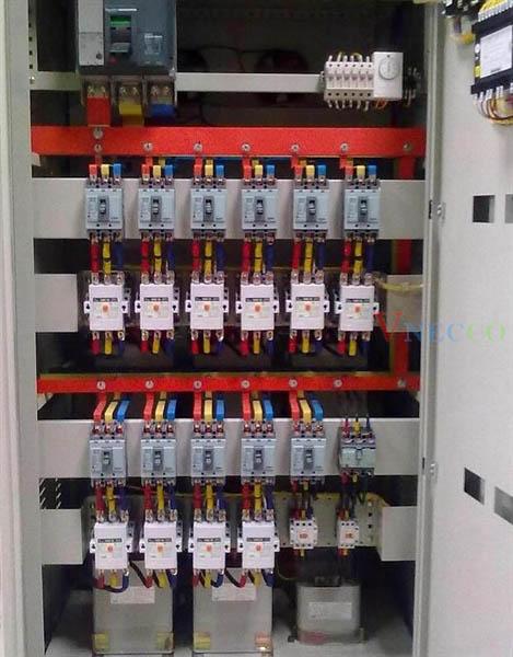 Picture of Tủ bù hợp bộ 100Kvar 4 cấp,có mccb nhánh