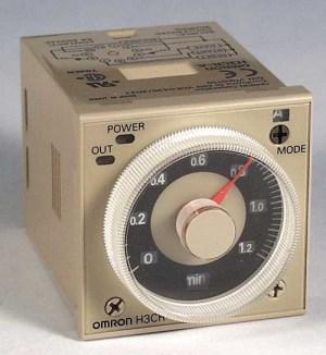 Picture of Bộ định thời gian kép (định thời gian ON và OFF), 8-chân tròn, analog H3CR-F8N AC100-240 [ Omron ]