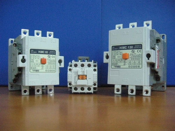 Picture for category Phụ kiện Contactor