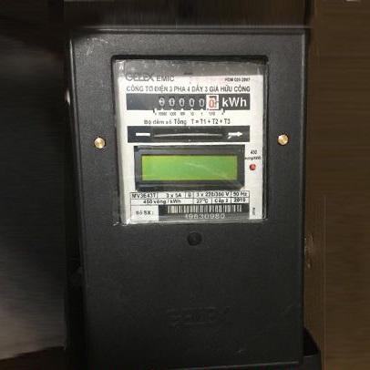 Picture of Công tơ điện Emic 3 pha 4 dây 3 giá gián tiếp 5(6)A 220/380V CL2